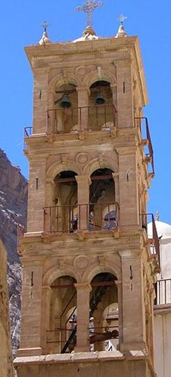 Монастырская колокольня